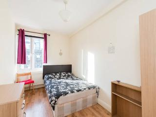 Great Camden High Street Apartment Central - London vacation rentals