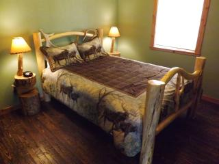 Shakinah Hideaway Moose Haven - Glen vacation rentals