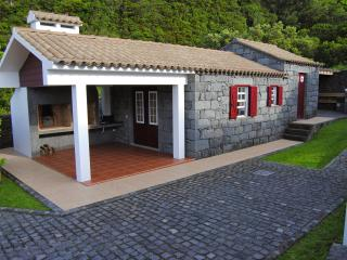 1 bedroom Cottage with Internet Access in Praia do Norte - Praia do Norte vacation rentals