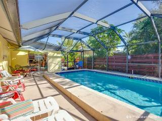 Poinciana,Walk to Gulf, Heated Pool, Sleeps 8, WIFI - Fort Myers Beach vacation rentals