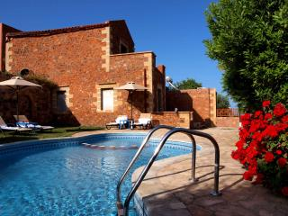 Villa Olga shared pool 10% OFF FOR EARLY BOOKING - Astratigos vacation rentals