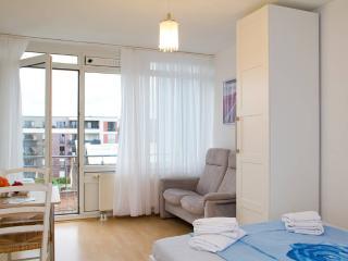 Apartment mit Garage, zentral und ruhig - Cologne vacation rentals