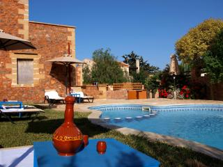 Villa Georgios shared pool 10% OFF EARLY BOOKING - Astratigos vacation rentals