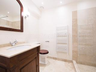 Inviting London Apartment Overlooking Lennox Garden - Saint Johns vacation rentals
