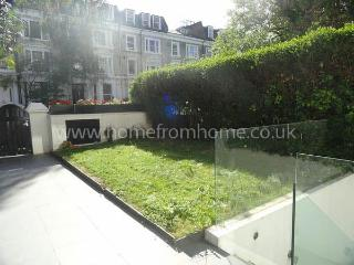 Stylish contemporary 2-bed apartment with garden access - Croydon vacation rentals