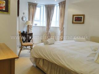 Lovely 2 bedroom maisonette- South Kensington - London vacation rentals