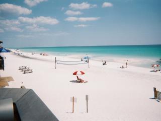 XLhome,10sec2BEACH,sleep25,2unit/1price,Gulf Views - Destin vacation rentals