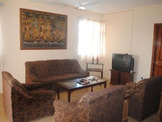 2 bedroom Condo with Internet Access in Calodyne - Calodyne vacation rentals