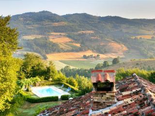 Ca di Bracco warmest outdoor pool in Umbria - Umbertide vacation rentals