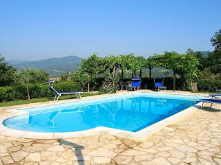 Ca di Bracco warmest outdoor pool in Umbria - Umbria vacation rentals