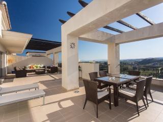 Penthouse on Los Flamingos Golf Course - Puerto José Banús vacation rentals