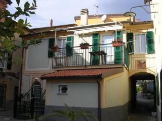 Casa vacanza per 4 per. a 5 Mn da Sestri Levante - Casarza Ligure vacation rentals