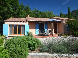 3 bedroom Villa with Internet Access in Soubes - Soubes vacation rentals