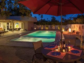 Boo Boo's Hideaway~SPEC TAKE 20%OFF ANY 5NT STAY THRU 12/20 - Palm Springs vacation rentals