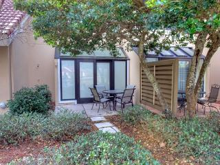 Newly updated unit.  already discounted by 20%   March 14-April 11! - Sandestin vacation rentals
