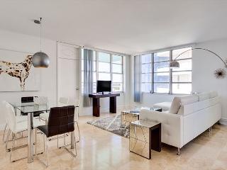 Seacoast Grand Suite 3BR/2BA -Stunning Bay Views - Miami vacation rentals