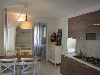 Romantic 1 bedroom Condo in Arma di Taggia - Arma di Taggia vacation rentals