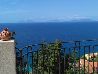 Wonderful view of the EOLIE - Gliaca Sunset House - Piraino vacation rentals