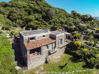 2 bedroom Villa with Internet Access in Ischia - Ischia vacation rentals