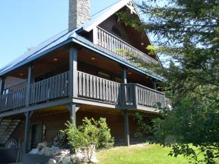 Beautiful Four Bedroom Fairmont Vacation Home - Fairmont Hot Springs vacation rentals