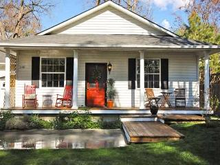 A centrally-located,  Boise retreat full of vintage charm! - Boise vacation rentals