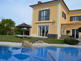 Perfect Villa with Internet Access and Satellite Or Cable TV - Cascais vacation rentals
