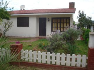 Comfortable cabin for 5 people in Uruguay Rocha - Punta del Diablo vacation rentals