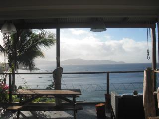 charmant chalet en pierre vue mer - Schoelcher vacation rentals
