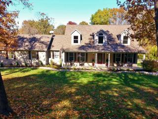Hidden Creek Getaway - Union vacation rentals