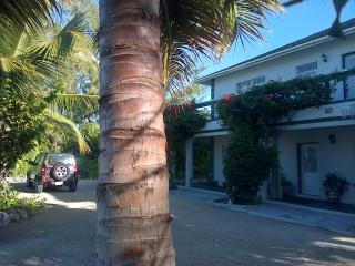 Silver Palm Guest House Turks and Caicos - Providenciales vacation rentals
