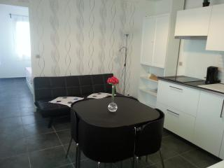 Nice Condo with Internet Access and Wireless Internet - Bretteville Sur Odon vacation rentals