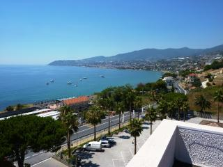 Beautiful Penthouse with Garden and A/C - Agaggio Inferiore vacation rentals