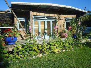 1 bedroom Guest house with Deck in Kohukohu - Kohukohu vacation rentals