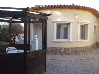 SPAIN 1 BED - SLEEPS 2  WI FI & A/C  JALON VALLEY - Asturias vacation rentals