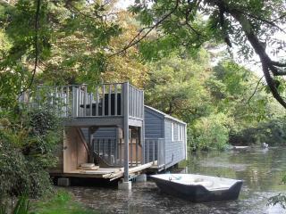 Romantic 1 bedroom Feock Cottage with Deck - Feock vacation rentals