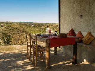 Piccola Casa - House set in an acre of olives. - Giarratana vacation rentals