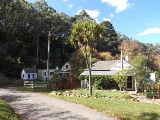 Bowral Cottage and The Barn, Southern Highlands - Mittagong vacation rentals