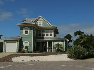 Beautifully Decorated Home in a Prime Location! Private Beach Access! - Gulf Shores vacation rentals