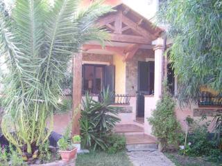 Villasimius Villetta indipendente con giardino - Villasimius vacation rentals