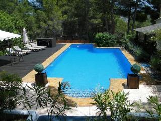 Perfect 4 bedroom Villa in Chulilla with Deck - Chulilla vacation rentals