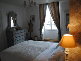 No. 20 Boutique Holiday Apartment - Eymet vacation rentals