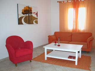 Appartamento luminoso ad Orosei - Orosei vacation rentals