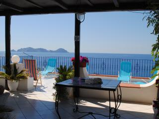 1 bedroom Cave house with Internet Access in Ponza - Ponza vacation rentals
