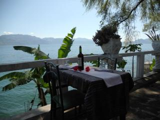 Romantic 1 bedroom House in Solola - Solola vacation rentals