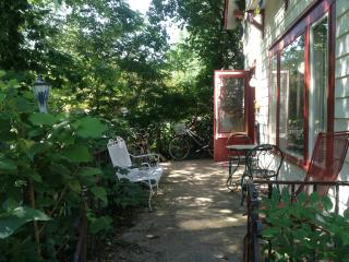 Charming 3BR house 1 block from IU & Music School - Bloomington vacation rentals