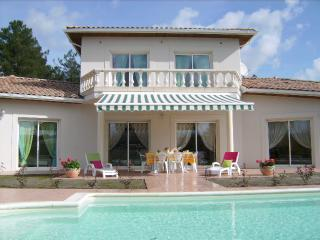 Bright 5 bedroom Villa in Lugos - Lugos vacation rentals