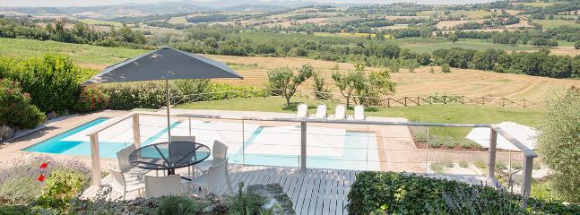 Perfect Villa with Deck and Internet Access - Massa Martana vacation rentals