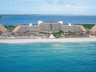 Paradisus Cancun Resort and Spa Studio Sleeps 2-4 - Cancun vacation rentals