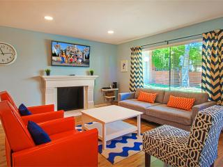 ENCHANTED ESCAPE 6! Walk to Disney! Pool! - Anaheim vacation rentals