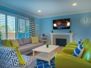 Suite Escapes 8! Walk to Disney/Conv Ctr! Pool! - Anaheim vacation rentals
